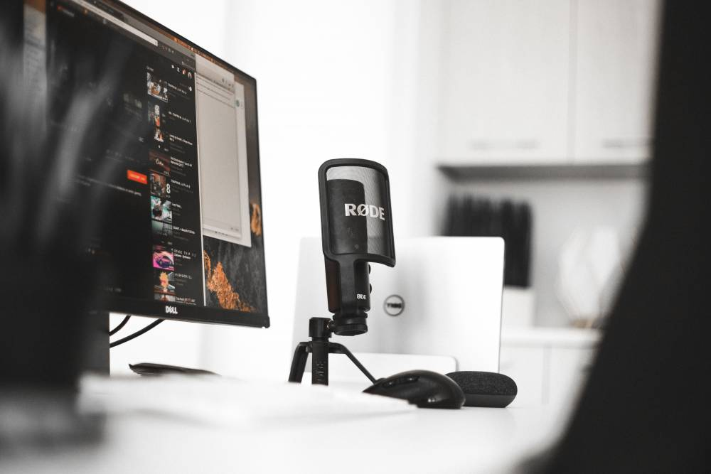 mic on desktop
