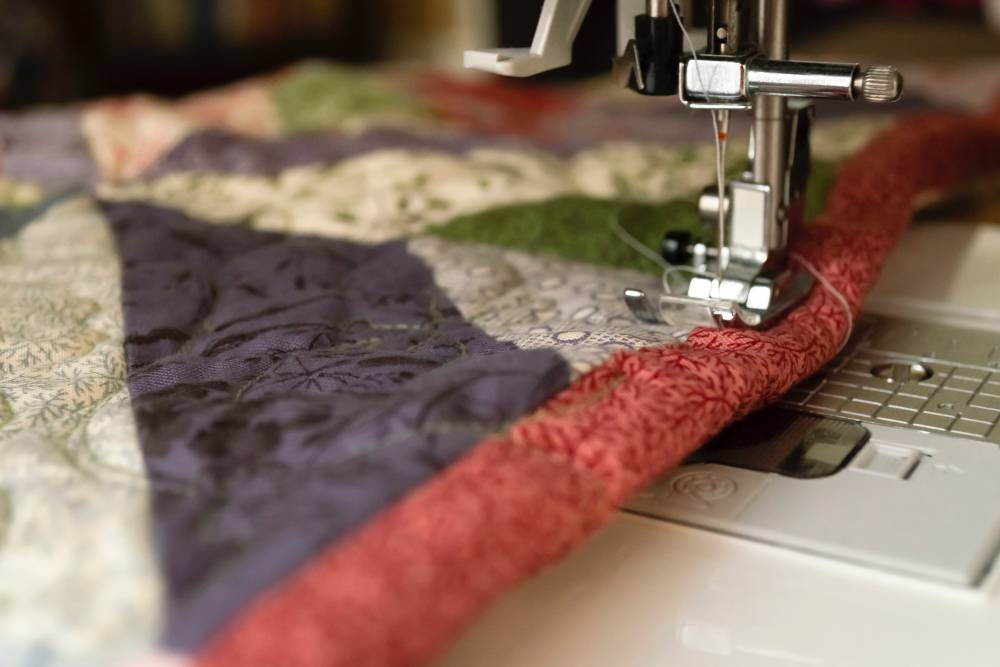 Quilt on a sewing machine