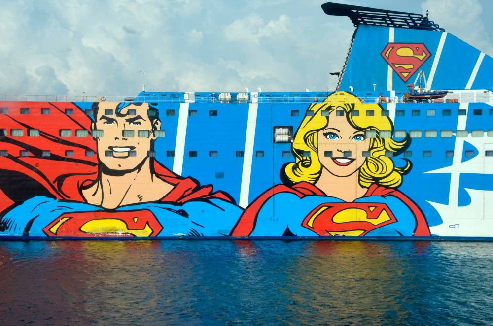 Ship with superhero
