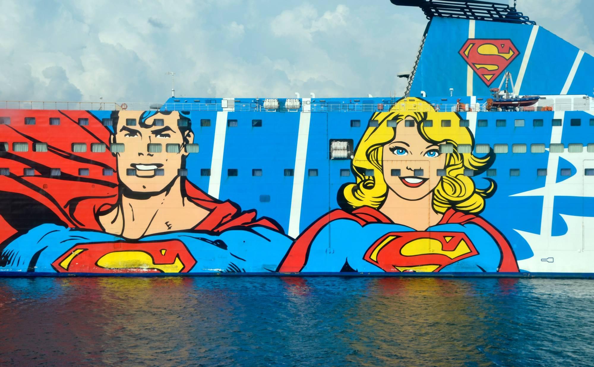 Ship with superhero